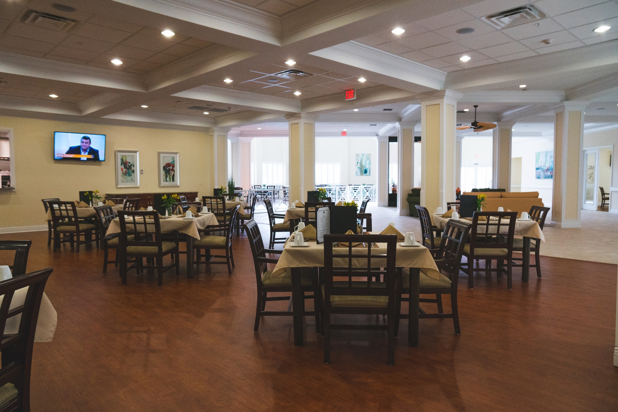 Our dining area offers residents a chance to enjoy their dinners in a setting that blends the intimate with the community.