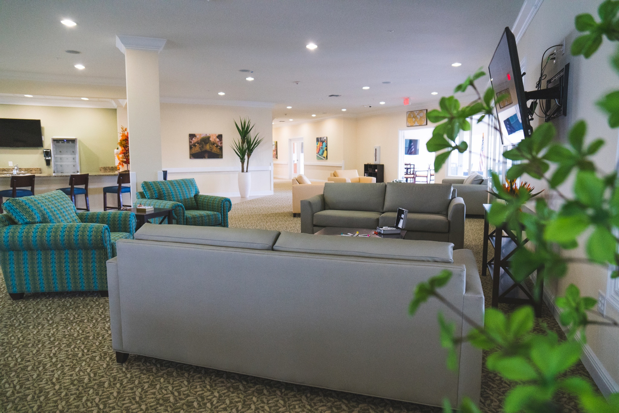 The lounge at Angels Senior Living at Sarasota gives our assisted living residents the chance to relax and enjoy the scenery.