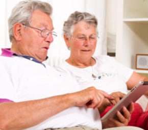 technology-benefits-seniors-in-assisted-living-facilities